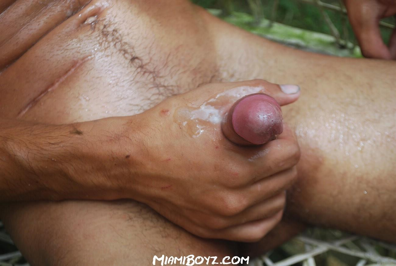 Amateur gay cum shot in mouth cock sucking